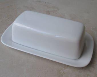 ten 10 strawberry street all white butter dish Classic Royal White Whittier Aurora stick margarine EUC LooksNEW modern minimalist serving