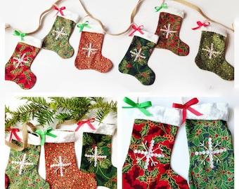 Christmas Stocking Garland / Christmas Bunting / Christmas Garland / Christmas Decoration / Christmas Gift / Festive Garland / Holly Garland