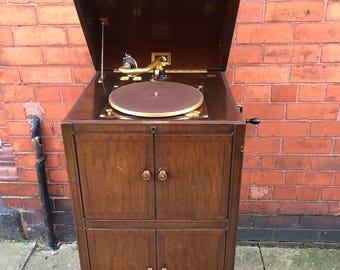 HMV Gramophone Model 192