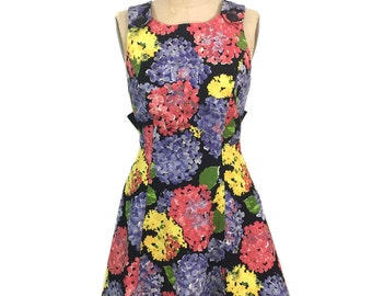 vintage 1990's BILL BLASS floral dress / textured cotton / hydrangeas / bow ties / cocktail dress / women's vintage dress / tag size 6