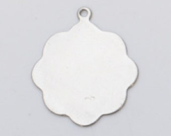 Nickel Silver 13/16 Inch Medallion W/Ring 24ga Package Of 6