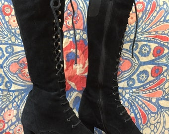Vintage 70s black suede laced up boots eu39/uk5,5/us7,5