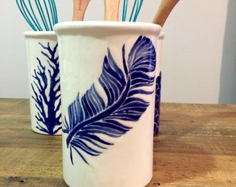 Utensil holder, Blue feather ceramic utensil holder