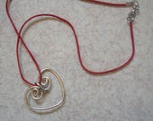 Heart red pendant necklac...