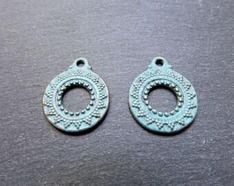 2 ethnic charms 20 mm bronze verdigris patina