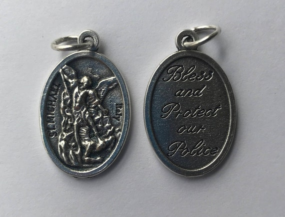 5 Patron Saint Medal Findings, St. Michael, Police, Die Cast Silverplate, Silver Color, Oxidized Metal, Made in Italy, Charm