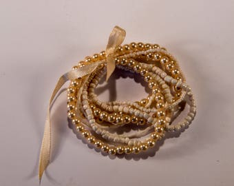 Really Pretty Pearl and Shell Vintage Bracelet