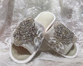 Full crystal custom bridal slipper