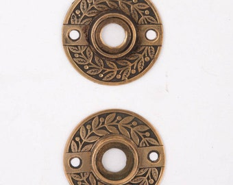 Antique Laurel Bronze Rosettes 530026