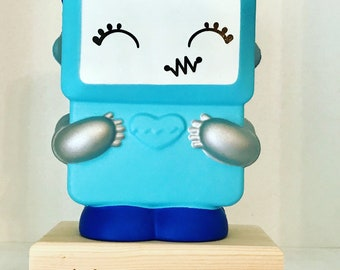 Today's squishy stand, squishy holder, solid wooden gift, squishy dock, birthday gift,pocket money present.