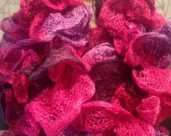 Scarf froufrou in pinks and purples are original