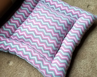 Medium Dog Bed, Reversible Dog Bed, Fleece Dog Bed, Pink Dog Bed, Crate Bed, Dog Gift, Pet Bed, Pet Accessories, Kennel Bed, Crate Pet Bed