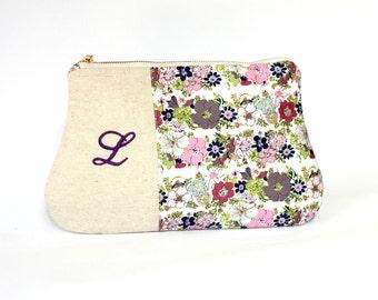 Personalized Clutch Purse, Purple lavender linen clutch, Zippered make up clutch, bridesmaid gift, personalized initial bridesmaid clutch