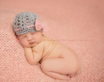 Newborn girl hat, baby girl hat, newborn girl bow beanie hat, newborn girl photo prop, coming home outfit, newborn girl clothes, grey, pink