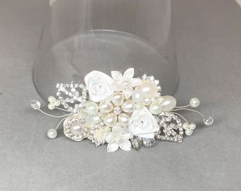 Bridal Hair Accessory- Rhinestone Hair Piece- Pearl Bridal Comb- Floral Bridal Comb- Bridal Hairpiece- Ivory Bridal Comb- Wedding Hairpiece