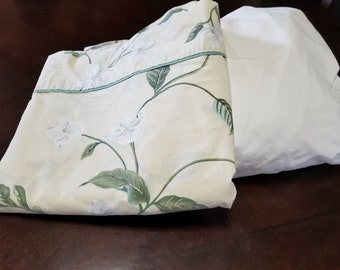 Re Mix Queen Sheet Set Vintage Bedding Retro Linens Hawaiian Floral Flat Sheet and White Fitted Sheet Beautiful Sheets