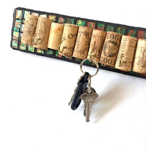 Mosaic Key Rack, Wine Cork Key Rack, Wine Lovers Key Rack, Green Black Key Hook, Wine Cork Key Holder, Wine Cork Multiple Key Holder Hook