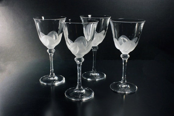 Crystal Wine Glasses, Cristal D'Arques-Durand, Florence, Set of 4, Frosted Petals, Discontinued, Barware