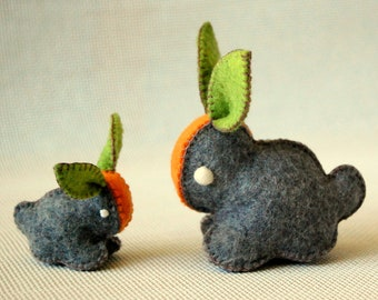 Grey Carrot Bunny Rabbit -- Felted Cute Bunny Toys Mother and Baby -- BABY SHOWER GIFT