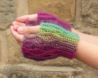 Crochet pattern Pennine Wave Fingerless Gloves children girls ladies crochet pattern gloves handwarmers child lady Pennine Wave