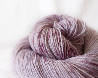 Sugar Plum Fairy - Magpie -  75/20/5 superwash merino/ nylon/ gold stellina sock yarn