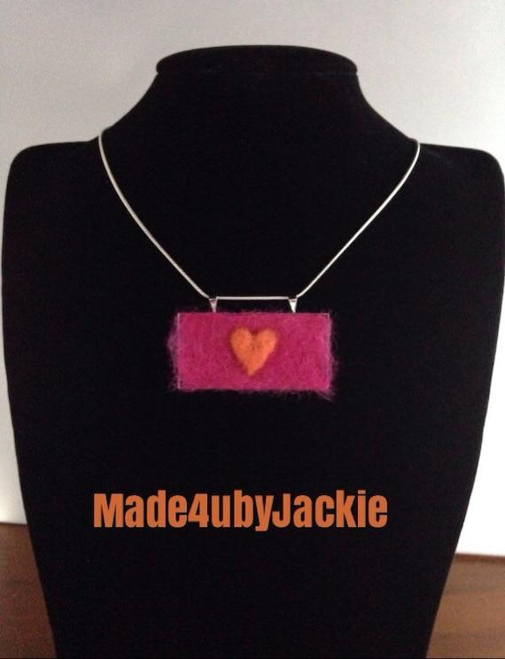 Hot pink necklace -  felted jewellery - Pink necklace -  heart jewellery - felt jewellery - gift for her - Pink - handmade jewellery - OOAK