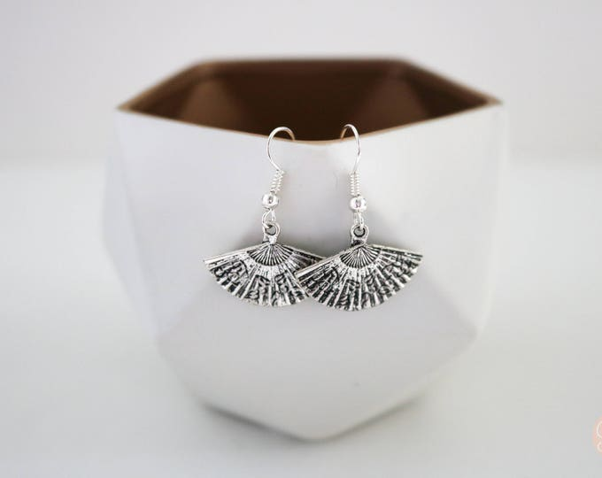 Silver Fan Dangle Earrings.