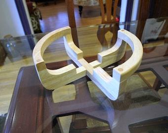 Elevated Wooden Hot Plate Trivet – Modern Design