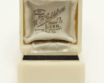 Art Deco Pretty Cream-Colored Celluloid Ring Presentation Box, W. F. Goldstrau, U.K. VOGUE ITALIA