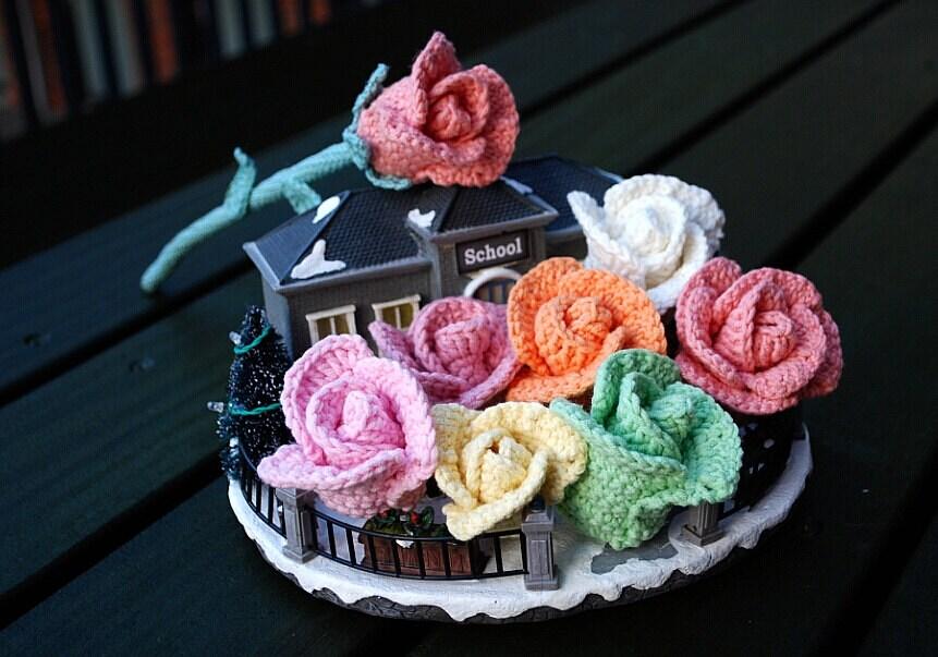 crochet rose crochet rose bouquet rose flower arrangement