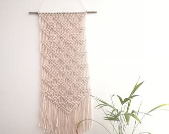 macrame wall / wall hanging / tapestry / hanging