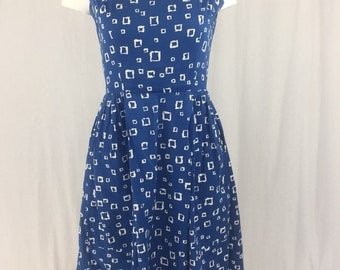 Stunning 1950s blue circle dress mad men pin up mid century graphic pattern
