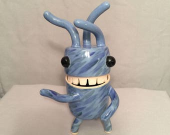 "MeBäh ""Windy Wendy Blue"" Ceramic Vessel / Figurine - One of a kind [#17-223]"