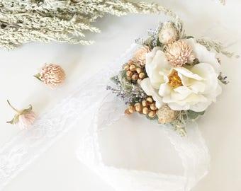 Dried flower corsage, rose corsage, wedding corsage, prom corsage, white corsage, floral corsage, boho corsage