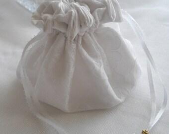 Victorian Wedding Drawstring Wrist Bag Occasional White Lace Bridal Money Bag Vintage Inspired 1800's 1900's Dance Bag Lined handcraftusa