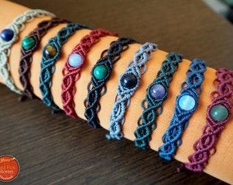 Boho macrame bracelet with gemstone, beaded bracelet, healing jewelry, macrame stone, hippie bracelet, gemstone bracelet, boho jewelry, yoga
