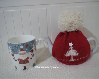 Handknitted 100% wool tea cosy