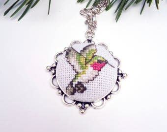 Cross stitch jewelry with bird, Hummingbird lover gift, Hummingbird jewelry, Gift for bird lover,Hummingbird pendant, Embroidered bird