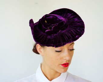 Vintage New York Creation Velvet Hat, Womens Hat, 1940s Hat, Vintage Hat, 1940s Millinery, Brimmed Hat, Vintage Hat, Vintage tilt Hat