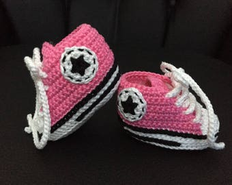 Pink crochet converse style shoe with box - size 3-6 months