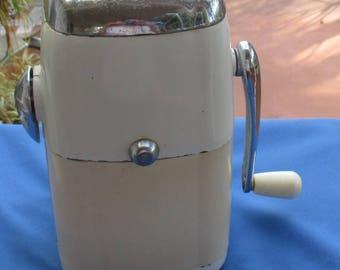 Vintage Ice O Mat Ice Crusher
