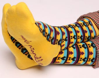 Men's colorful dress socks in yellow | Aztec design