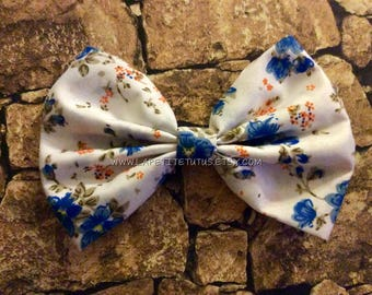 Flower bow, floral bow, cotton bow, custom bow, girls hairbow, toddler headband, girls hairclip, baby headband, toddler bow, bandana bow