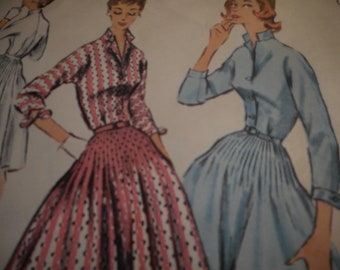 Vintage 1950's McCall's 3563 Dress Sewing Pattern Size 18 Bust 36