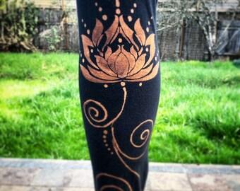Lotus design leggings
