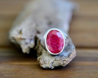 Ruby Ring - Size: 8