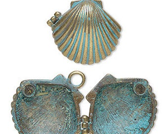 Shell Pendant, Patina Pendant, Magnetic Closure, Blue Patina, Beach, 30x28mm, 1 each, D1074