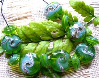 lampwork beads/glass beads/handmade lampwork/sra lampwork/beads/green/silvered ivory/misty morning