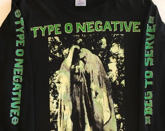 Type O Negative concert tshirt, beg to serve , black, size large, tragical mysery tour, 1994 , Peter Steel, black no 1, rock wear, goth band