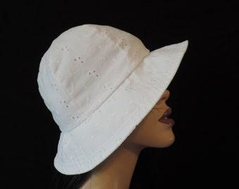 white eyelet sunhat 1960s lace floppy brim bucket sun hat